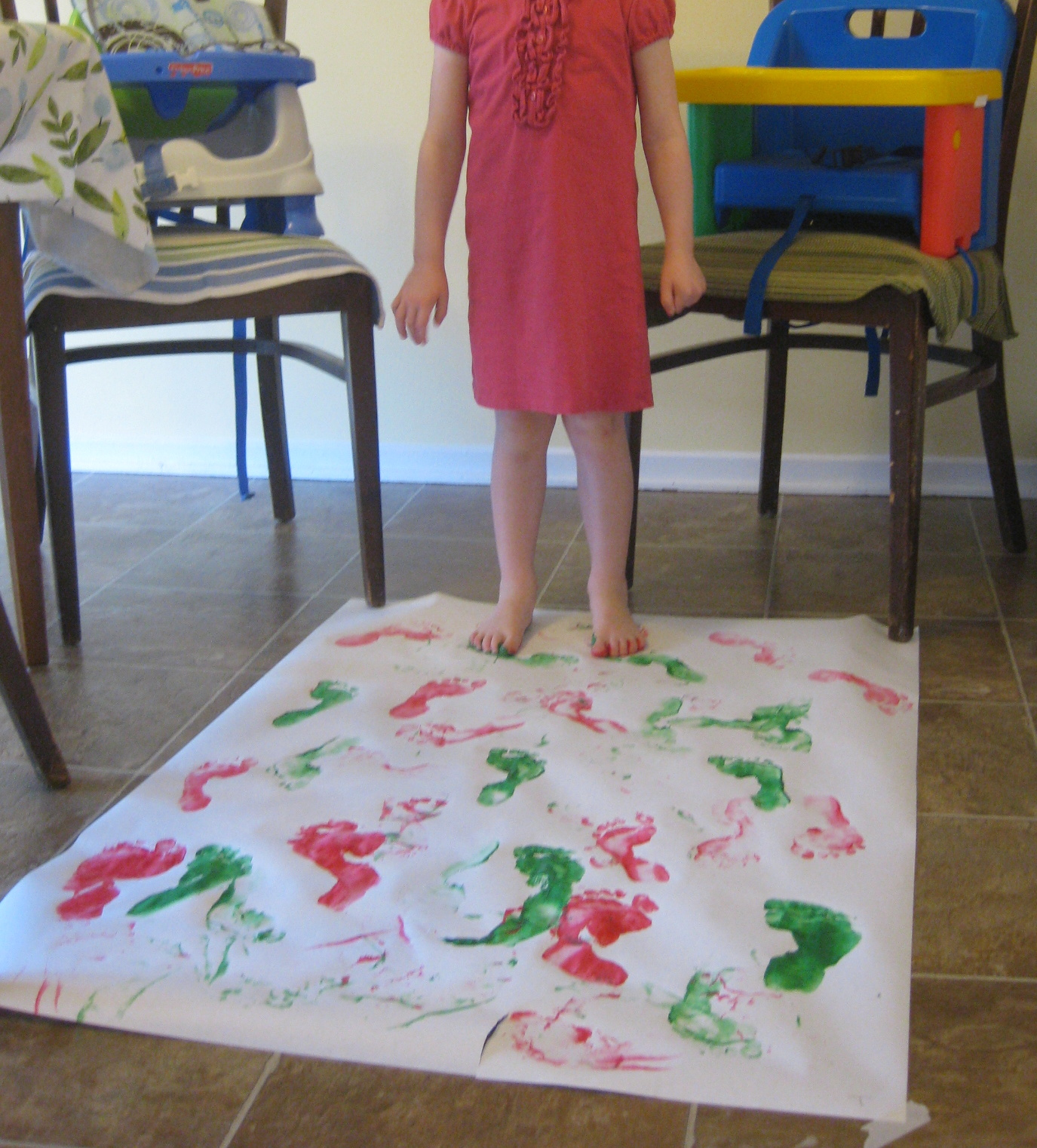 How To Paint With Small Children (mess Free!)